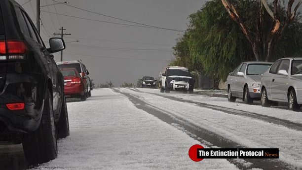 Freak hailstorm pounds the southeast, causes widespread damage to homes and disables SES headquarters Australia-hail-storm