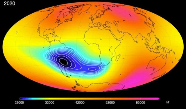 The mysterious anomaly weakening Earth's magnetic field seems to be splitting 00000000-earths-mag-f-2